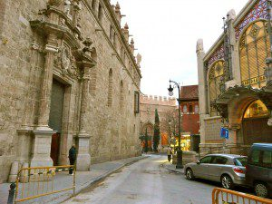 santos-juanes-la-lonja-y-mercado-central-valencia-300x225